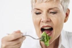 Könnyű ételek és sok fehérje kell a kemoterápia alatt