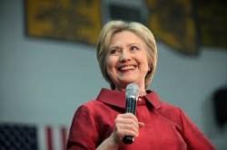 Leleplezték, milyen gyógyszereket szed Hillary Clinton