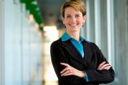 Az egészségügyben van a legtöbb női főnök