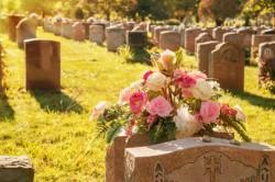 Kutatás: a legszegényebbek költenék legtöbbet a temetésükre