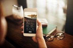 Mérgező anyagok lehetnek a hamis mobilokban