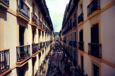 Lakás-adásvétel ingatlanossal vagy anélkül?