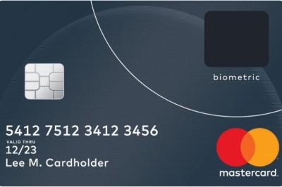 Itt az új biometrikus bankkártya