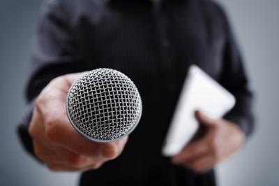 Részegesek, előítéletesek és hisztisek az újságírók