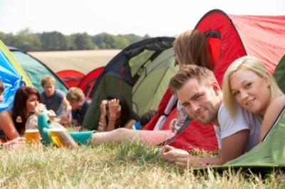 5 tipp, hogy ne aggódjunk a táborozó kamaszok miatt
