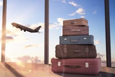 Mit szállíthatnak a repülőn a nyaralók?
