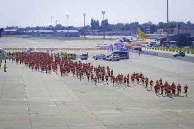 Jótékonysági futóverseny holnap  a reptéren