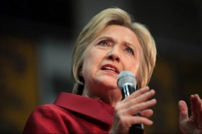 Hillary Clinton: lelki bajok ellen segít a túrázás