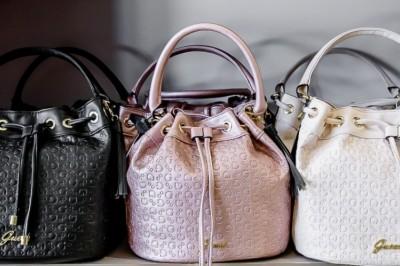 Ezt teszi a nővel a jól megválasztott táska
