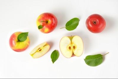 Jön a génmódosított alma, ami nem barnul meg
