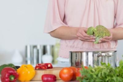 Az ünnepek alatt is kerüljön saláta az asztalra! Eláruljuk, mit nyer vele