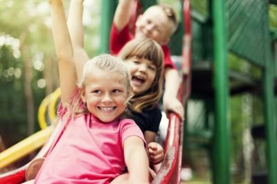 Játék a szabadban - Rajzpályázat gyereknek
